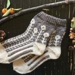 冬の暮らしに必需品!ほっこり毛糸の「靴下」を取り入れよう。