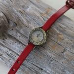 きちんと感が欲しい時に☆革ベルトの腕時計