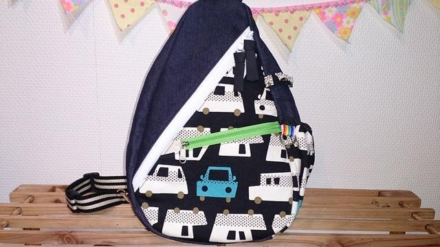 大きな車柄 ×紺デニム☆ワンショルダーリュック by sissiy37 バッグ・財布・小物 バッグ | ハンドメイドマーケット minne(ミンネ) (123)