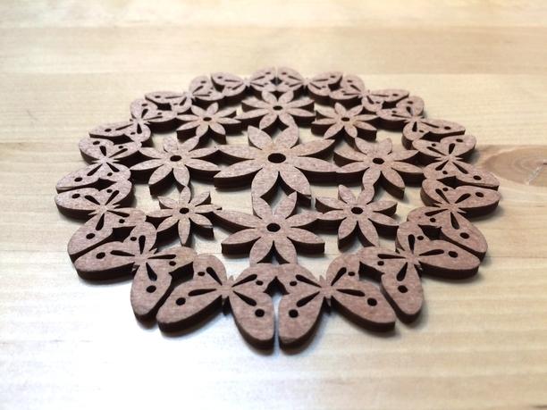 北欧から oO 木製コースター Oo (E) | ホーム&リビング > 食器・テーブルウェア > コースター | ハンドメイド・手作りマーケット tetote(テトテ) | 作品ID:xj2120845791 (1749)
