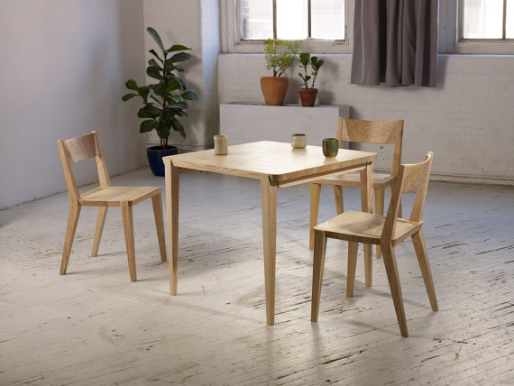 Etsy の Oslo Breakfast Table by Studiomoe (2944)