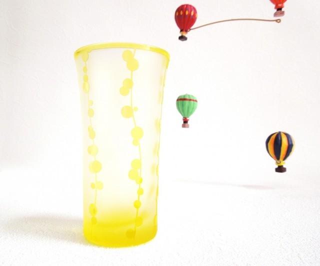 縦に連なる水玉の黄色いグラス 作品詳細 | pace | ハンドメイド通販 iichi(いいち) (3580)