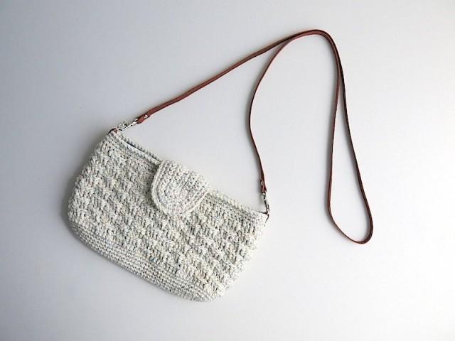 綿糸のポシェット 作品詳細 | 72tree | ハンドメイド通販 iichi(いいち) (4369)