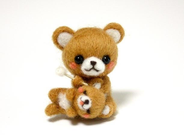 耳かき親子くまちゃん | ホーム&リビング > おもちゃ&人形 > 羊毛フェルト | ハンドメイド・手作りマーケット tetote(テトテ) | 作品ID:nl2104627398 (4386)