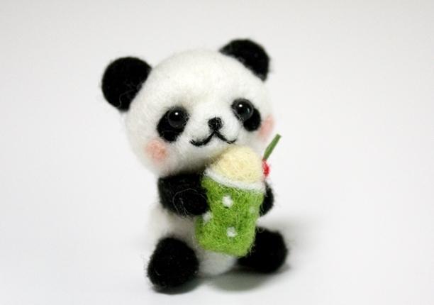 メロンソーダパンダ | ホーム&リビング > おもちゃ&人形 > 羊毛フェルト | ハンドメイド・手作りマーケット tetote(テトテ) | 作品ID:jc2123184097 (4389)