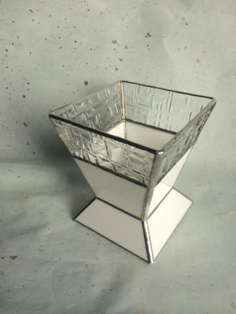 vetro◇フラワーベース by vetro 陶器・ガラス・食器 ガラス工芸 | ハンドメイドマーケット minne(ミンネ) (4815)