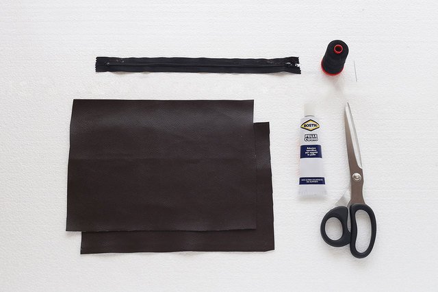 DIY This No-Sew Clutch in 8 Simple Steps | Brit + Co (5547)
