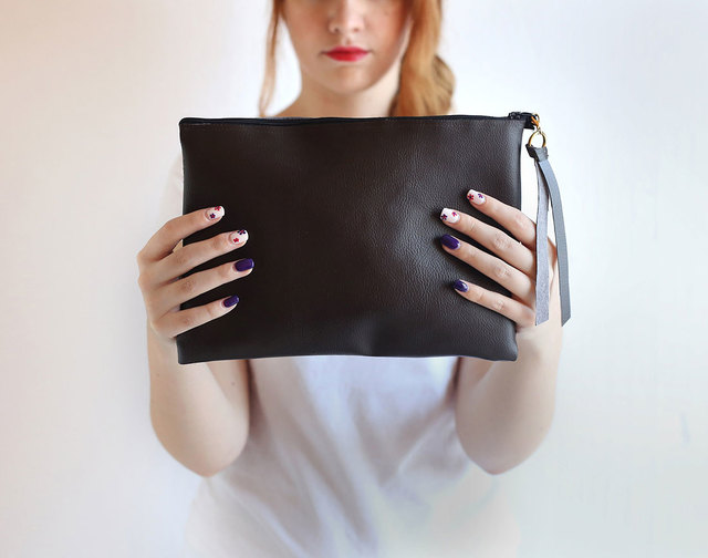 DIY This No-Sew Clutch in 8 Simple Steps | Brit + Co (5549)