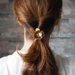 オリジナリティ溢れるヘアゴムで伸ばし中の髪の毛をもっと楽しもう♡