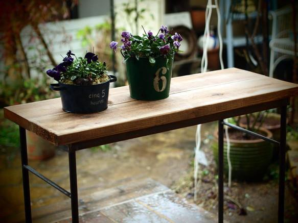 アイアン製の作業テーブル(1枚板)|テーブル・デスク|ハンドメイド通販・販売のCreema (10310)