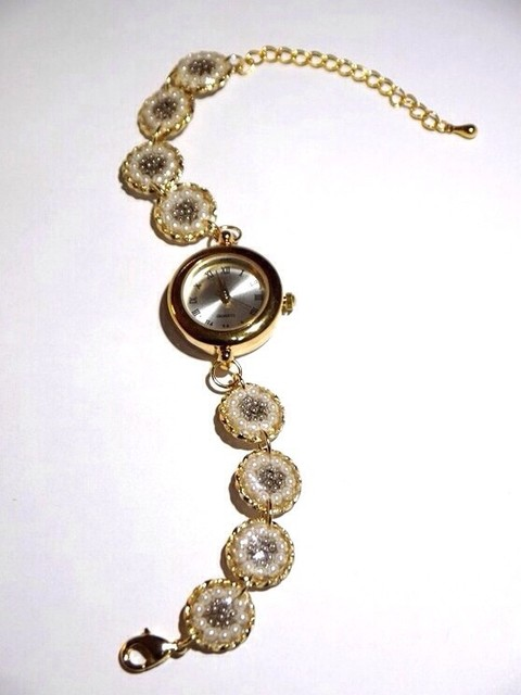 パールフラワーブレスウォッチ(ゴールド)|腕時計|ハンドメイド通販・販売のCreema (10641)