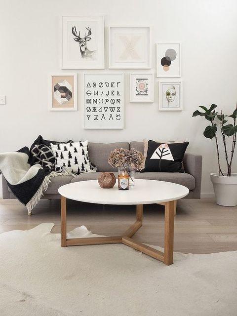 Friday Faves | リビングルーム、コーヒーテーブル、自宅で (11125)