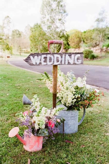 Memorable Wedding: Garden Wedding Ideas - The Perfect Theme For Your Spring Wedding Plans (12078)