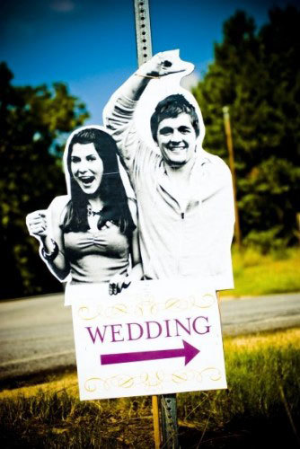 Why Is This Wedding SO Awesome? Find Out After the Jump...: Glamour.com (12086)