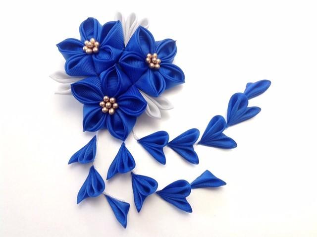 青い三輪桔梗ヘアクリップ | ハンドメイド、手作り作品の通販 minne(ミンネ) (12734)