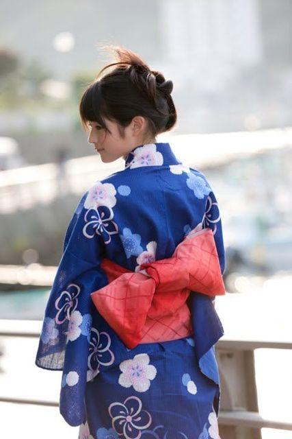 Japanese summer kimono, Yukata | Beautiful Japanese Style | Pinterest | 着物、夏、色のインスピレーション (13066)