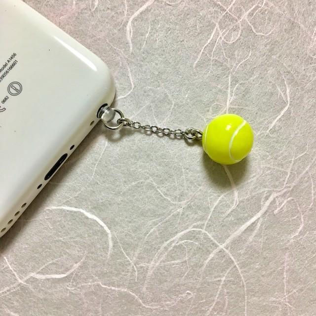 ゆらゆらテニスボール♡【イヤホンジャック】 | ハンドメイドマーケット minne (16678)