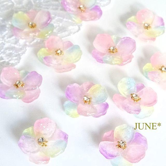 春、きらめくパステルカラー花*ピアス/イヤリング  | ハンドメイドマーケット minne (17607)